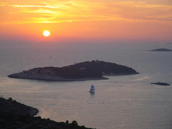 Croatian sunset cliches - Travel Journal School
