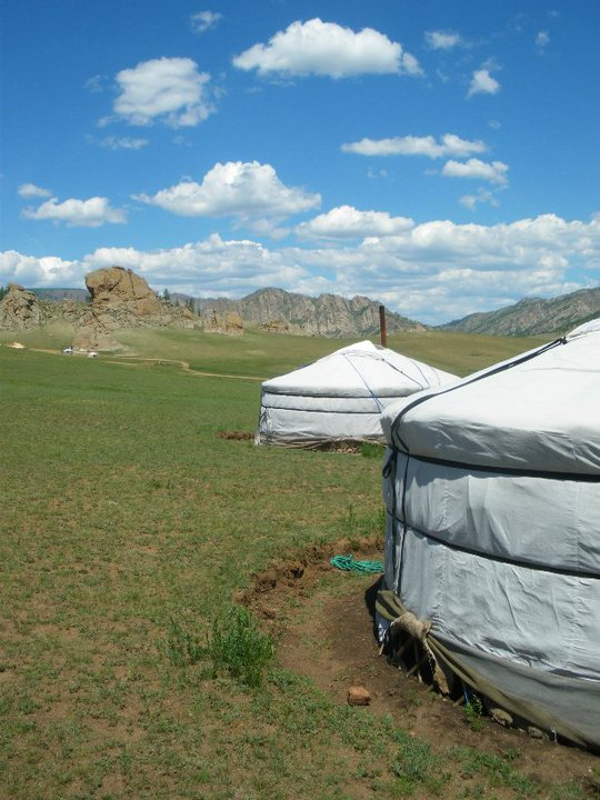 Mongolian ger - travel photo roulette from Jouljet