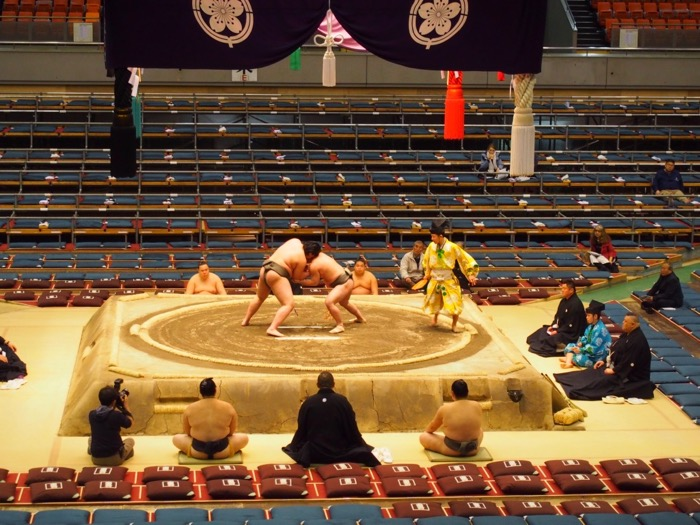 Sumo wrestling, Osaka - the March Osaka sumo tournament