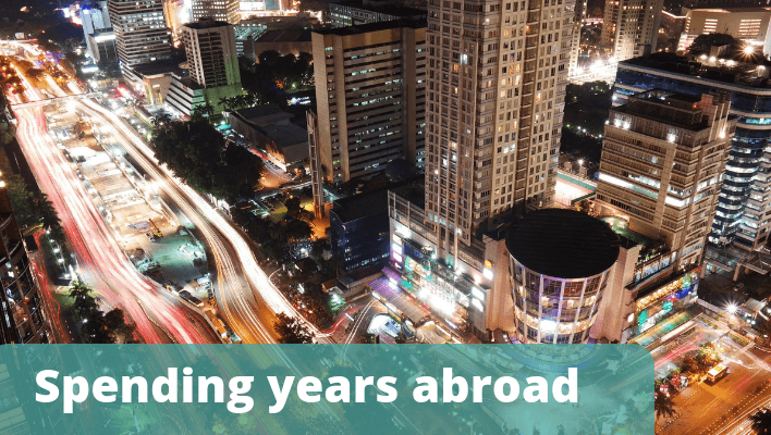 Spending years abroad - The Thoughtful Travel Podcast Episode 125