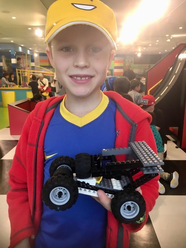 Building a Lego vehicle for a ramp in Legoland Nagoya